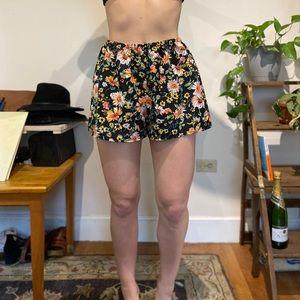 Elastic Waist Floral Shorts